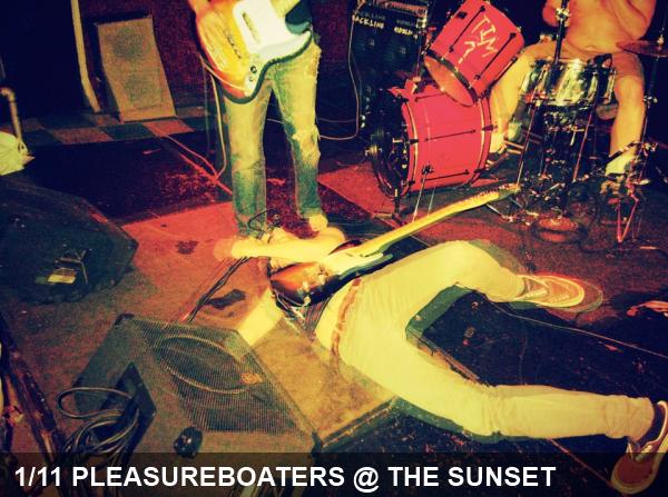 01_11_pleasureboaters_sunset